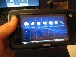 benq-mobile-internet-device-touchscreen